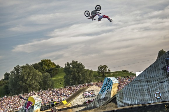 Josh Sheehan performs a double backflip in front of the Munich crowd
